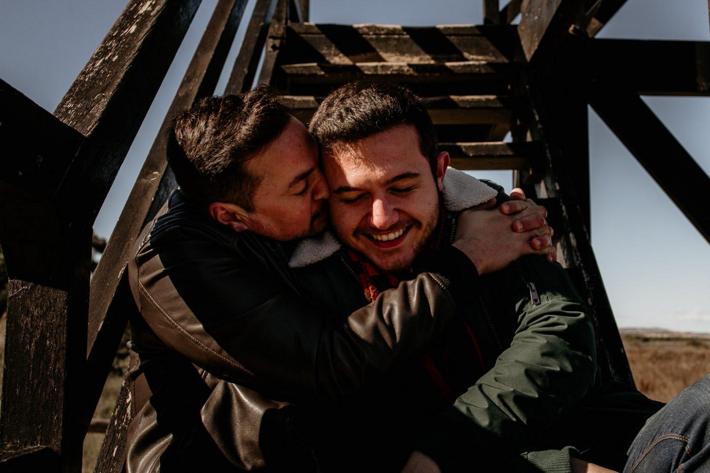 gay love, love gay