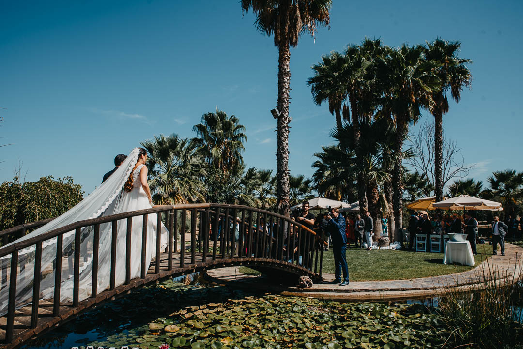 puente de madera en Hacienda La Masía