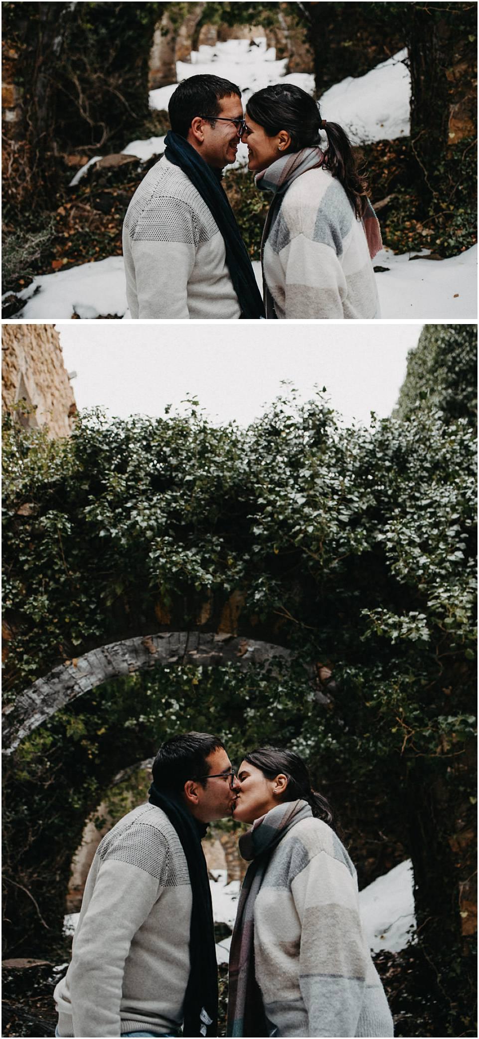 fotografo de parejas en la nieve