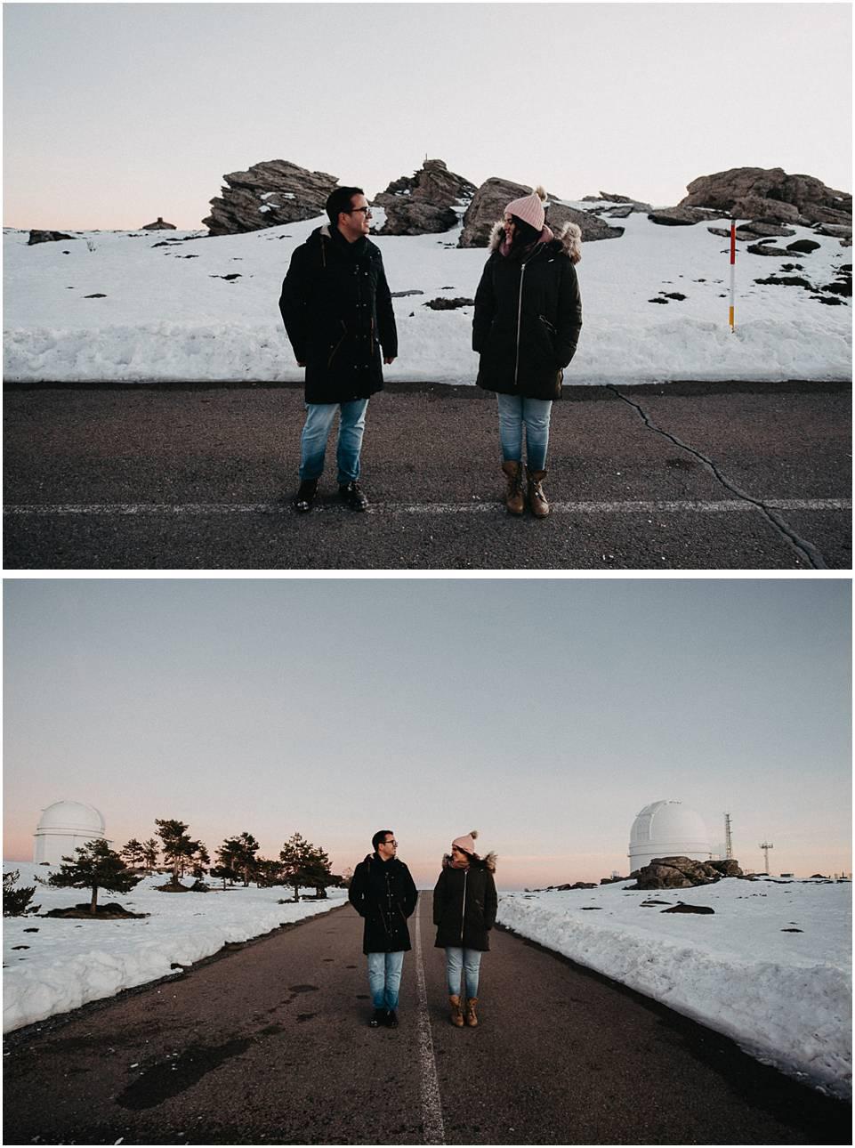 pareja en el observatorio Calar Alto almeria